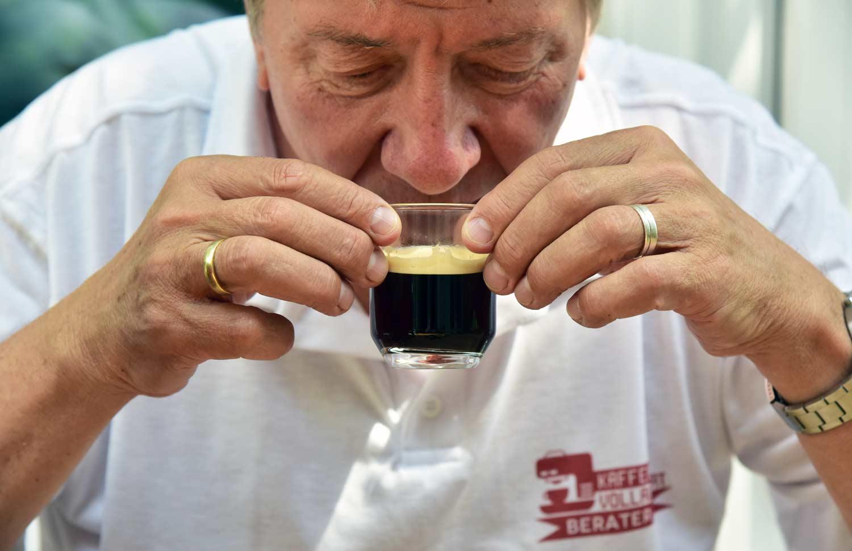 Espresso-Geschmack-Test