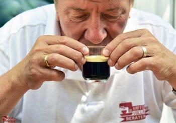 Norbert Loose: Espresso trinken