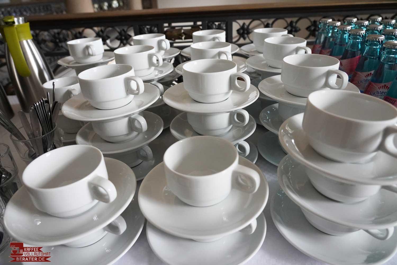 Pumpkannen: Kaffeetassen bei großer Veranstaltung