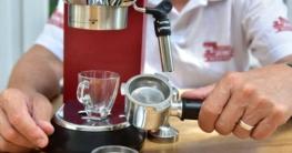 Siebträger Test mit DeLonghi Espressomaschine