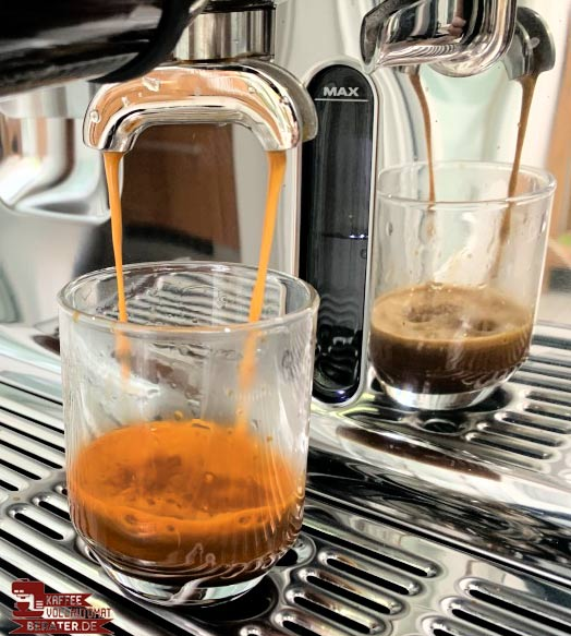 goldbraune Crema auf Espresso