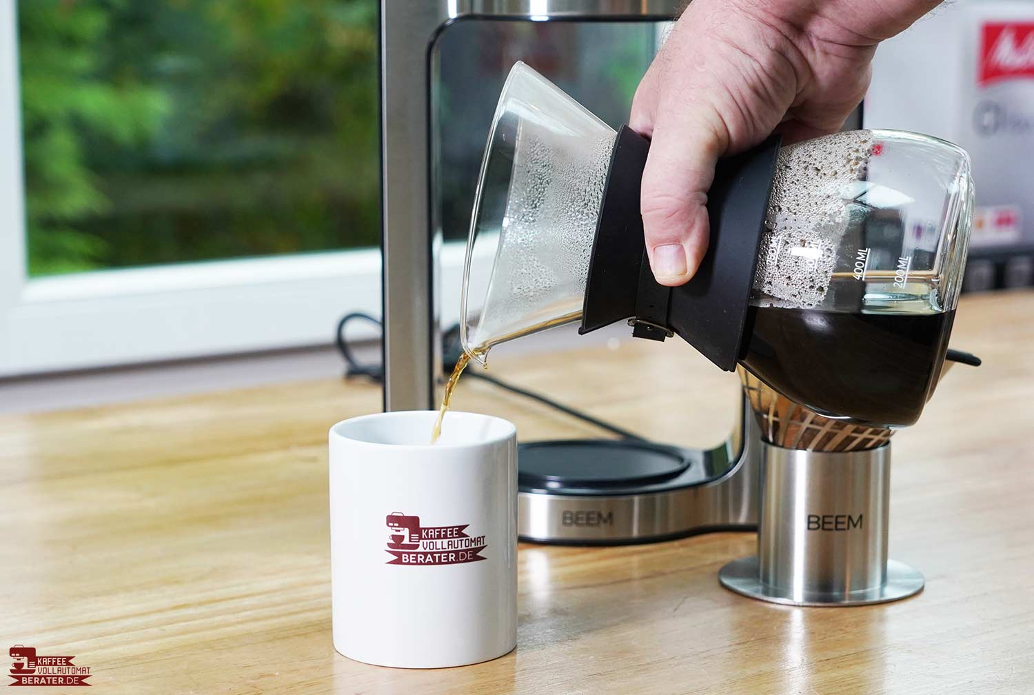 Beem-Pour-Over: Kaffee