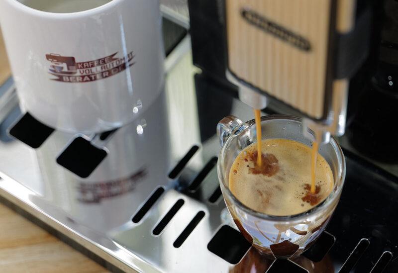 Espresso Bezug beim DeLonghi Maestosa